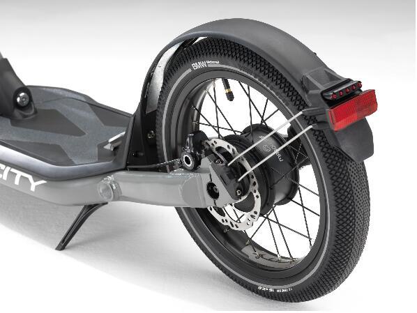 没驾照也能出行宝马发布X2City电动摩托车