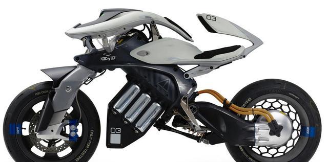 雅马哈MOTOROiD人工智能+电动摩托