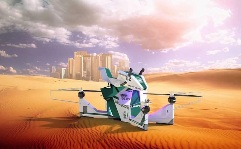 差距不是一点点 迪拜警方骑飞行摩托巡逻