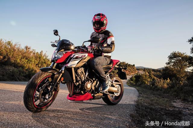 你真的会骑大排量摩托车嘛?