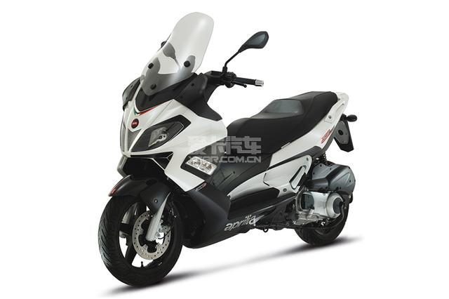 纯正欧系运动踏板阿普利亚SRMax300