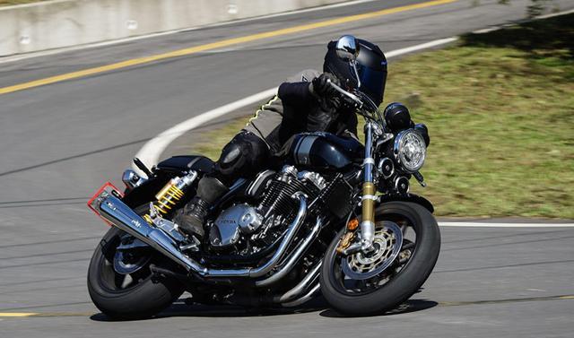 一辆仅有88匹马力的公升级摩托车如何成为销量传奇