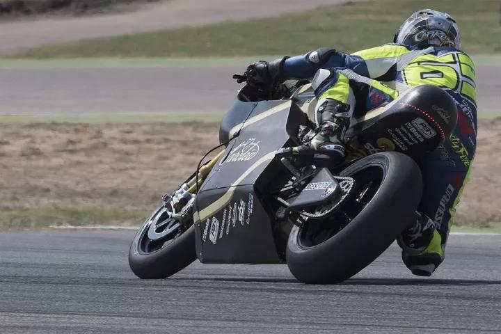 2019年���MotoGP汽油�C��有多久?
