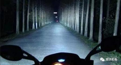 澳门威尼斯人在线娱乐平台跑的快是不是灯会更加亮