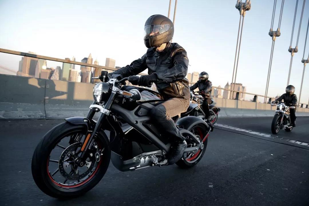 寡姐同款电动摩托车即将上市!