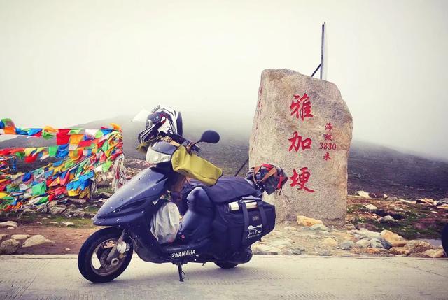 小踏板去西藏,川进青出,来回10000公里