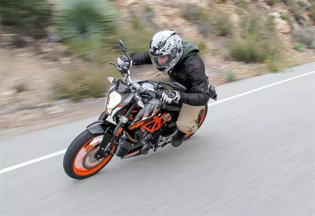 这部小钢炮能刷新你对单缸摩托车的理解