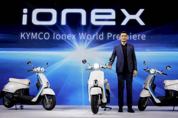 向Gogoro下战书?光阳正式发表IONEX车能网
