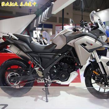 隆鑫无极拉力车LX650-2