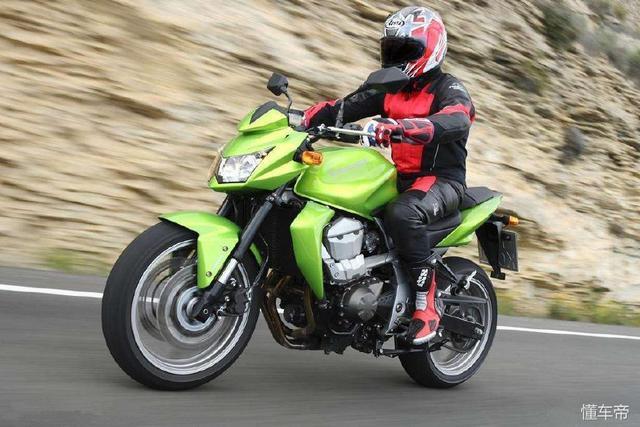 为什么日本摩托车大厂这么多,但是很少看到日本人骑摩托?
