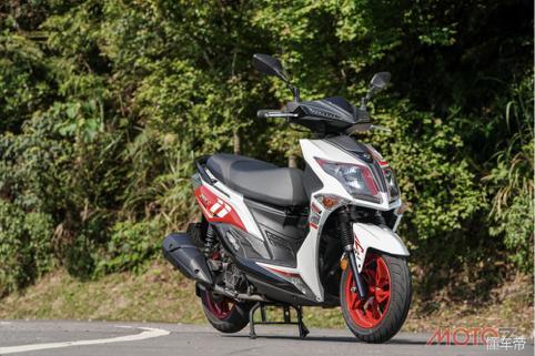 三阳JETS125ABS运动踏板摩托车试驾报告