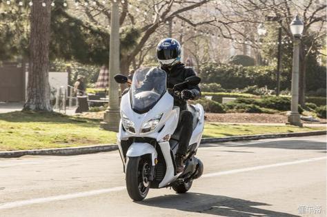2018汉堡人400摩托车通勤好帮手