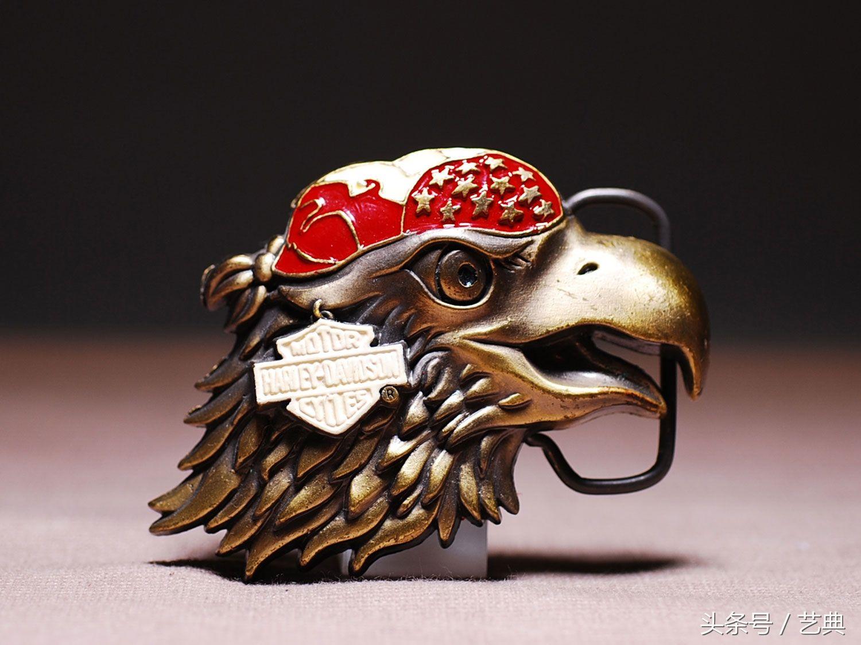 金铜、沙漠、飞轮!骑摩托男人的神装备酷到不行