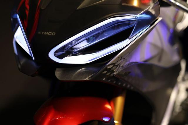 光阳SuperNEX概念车树立超级电动摩托新标杆