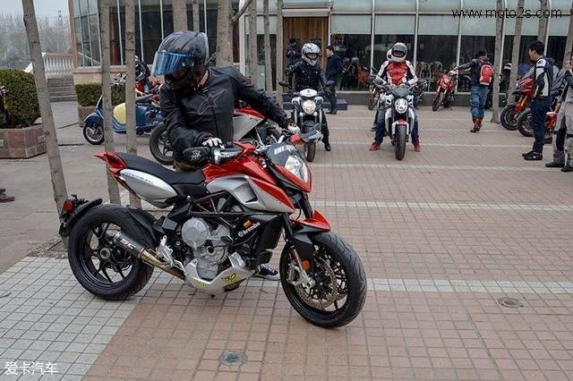 亚虎娱乐官网欢迎您摩托车我们能碰吗?
