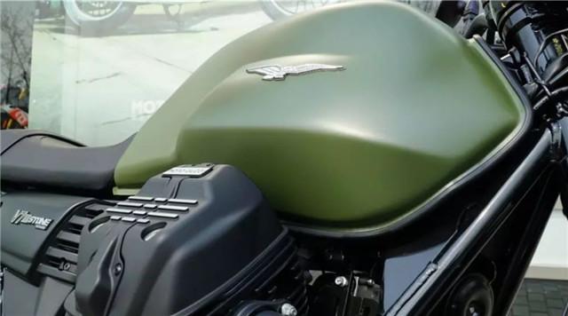 摩托古兹V7 III Stone 军绿涂装硬汉气质