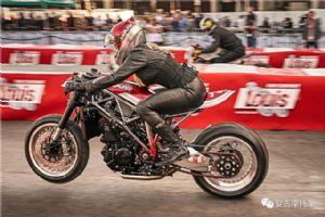 欢脱的小野驴KTM1290SuperDuke改装