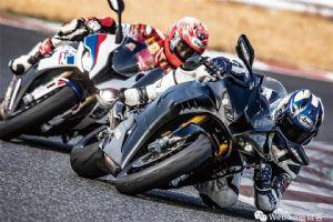 本田CBR1000RR-R与宝马S1000RR赛道测评