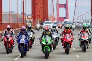 国产大排量摩托车可以上牌吗?