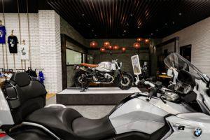 深圳第二家宝马摩托店开业了,先带你去看看