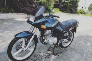 九十年代另类豪华摩托车 金城铃木刀GF125