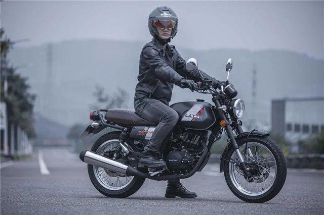 复古摩托,骑的就是气质