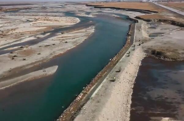 金城提拉米�K穿越�o人�^之挑�鸩脊�河堤