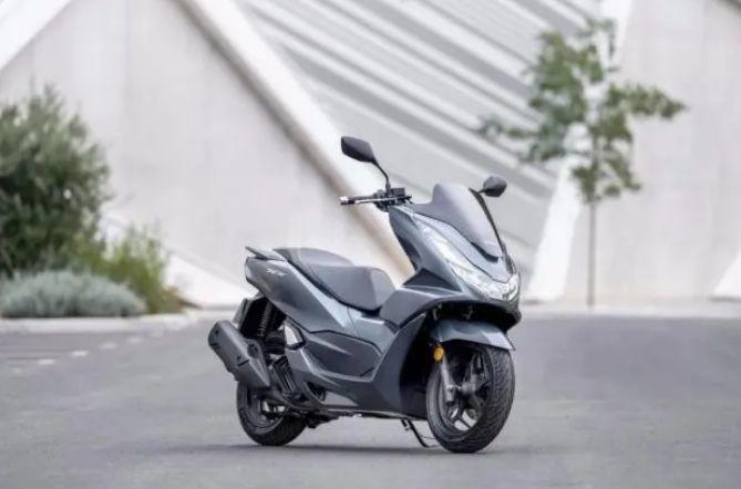 本田欧洲发布2021款PCX125,增加TC系统
