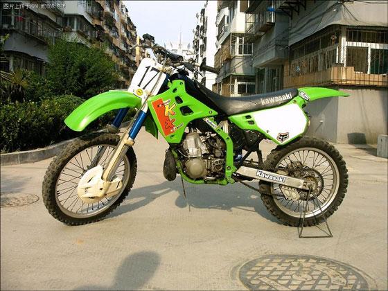 摩托 摩托车 560_420