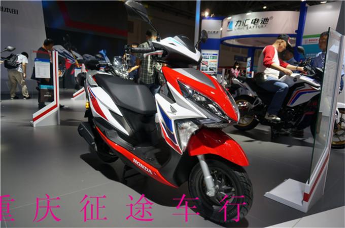新大洲本田裂行fi电喷125踏板车rx125 全国包邮