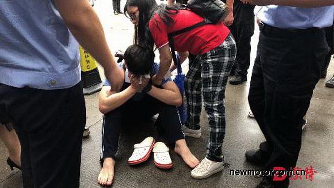 深圳一男孩因堵车错过高考如果没有禁摩?