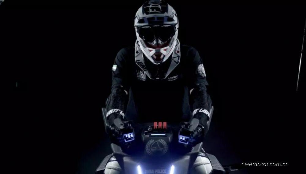 迪拜警方官宣飞行摩托作为第一反应车辆