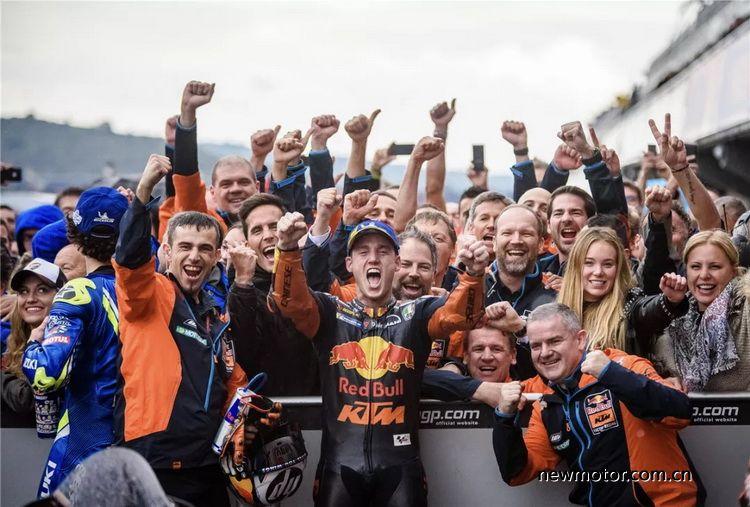 """首登MotoGP领奖台KTM厂队""""二年级""""赛季收官"""