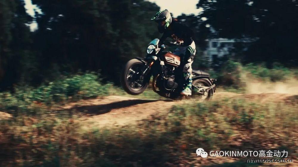 520心动瞬间丨高金GK500 · 驾驭,随心而欲