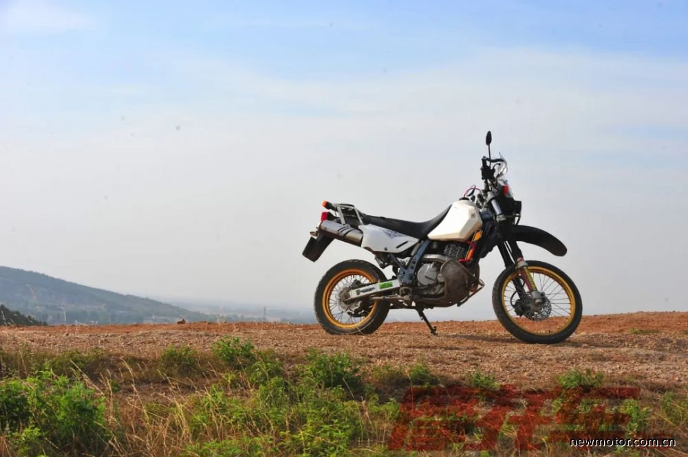 铃木DR650SE,这是一款能带你去环球旅行的摩托车